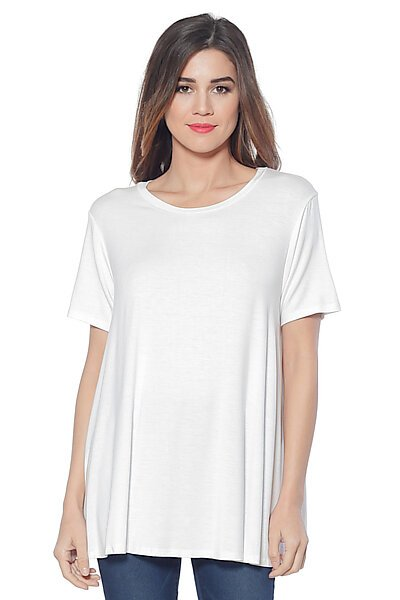 Loose Fitted A-line Tunic Top w/ a Scoop Crew Neck-White