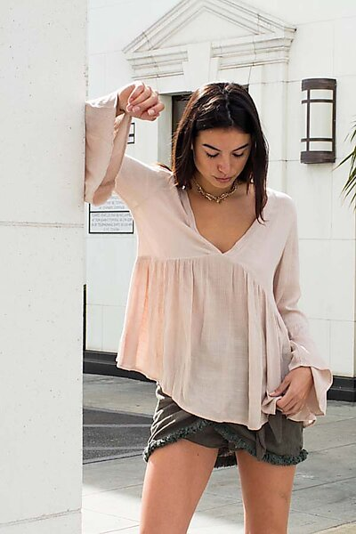 Casual Woven Sexy V-Nk Loose Blouse Top W/ Bell Slv-Stone