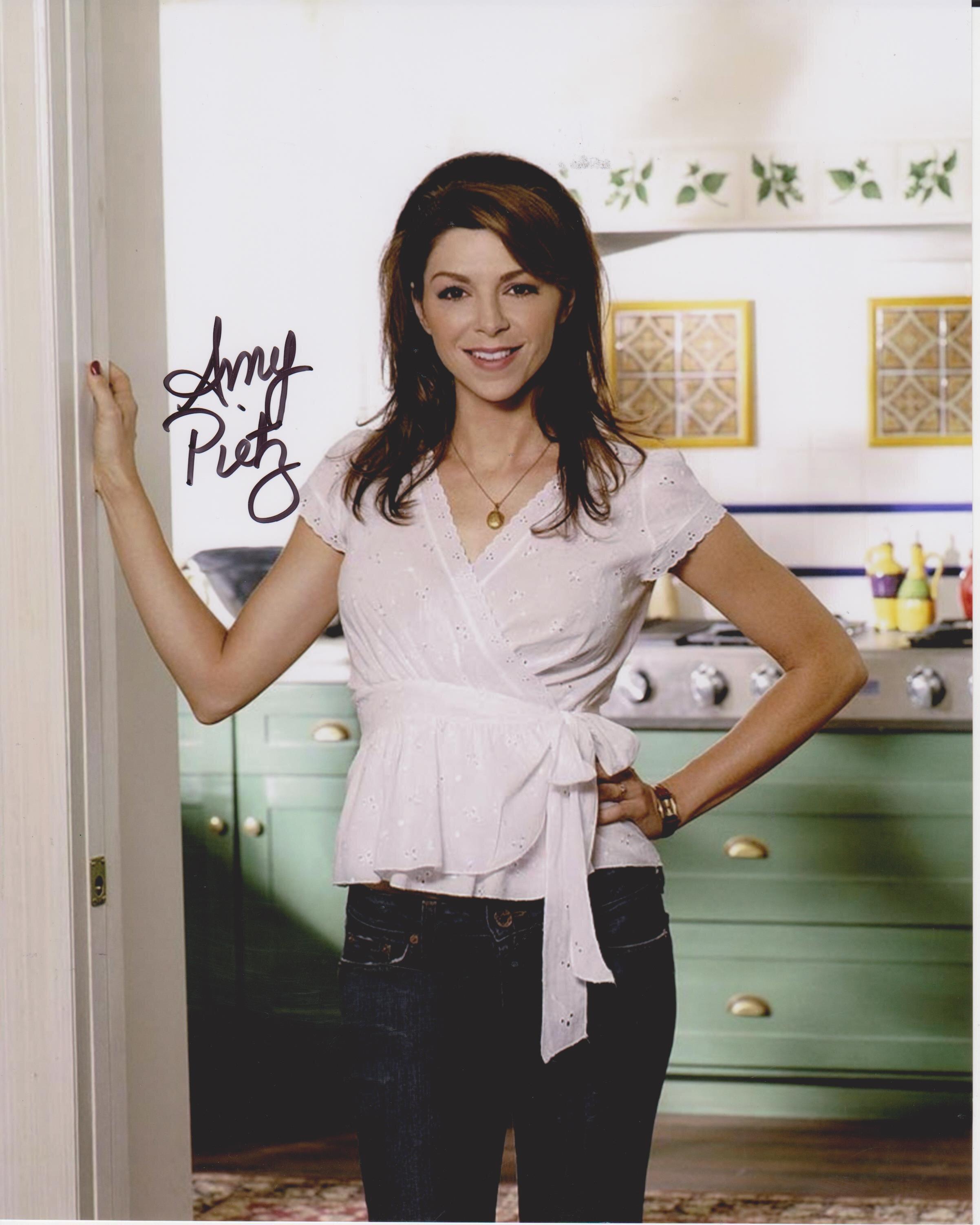 Amy Pietz Amy Pietz new photo