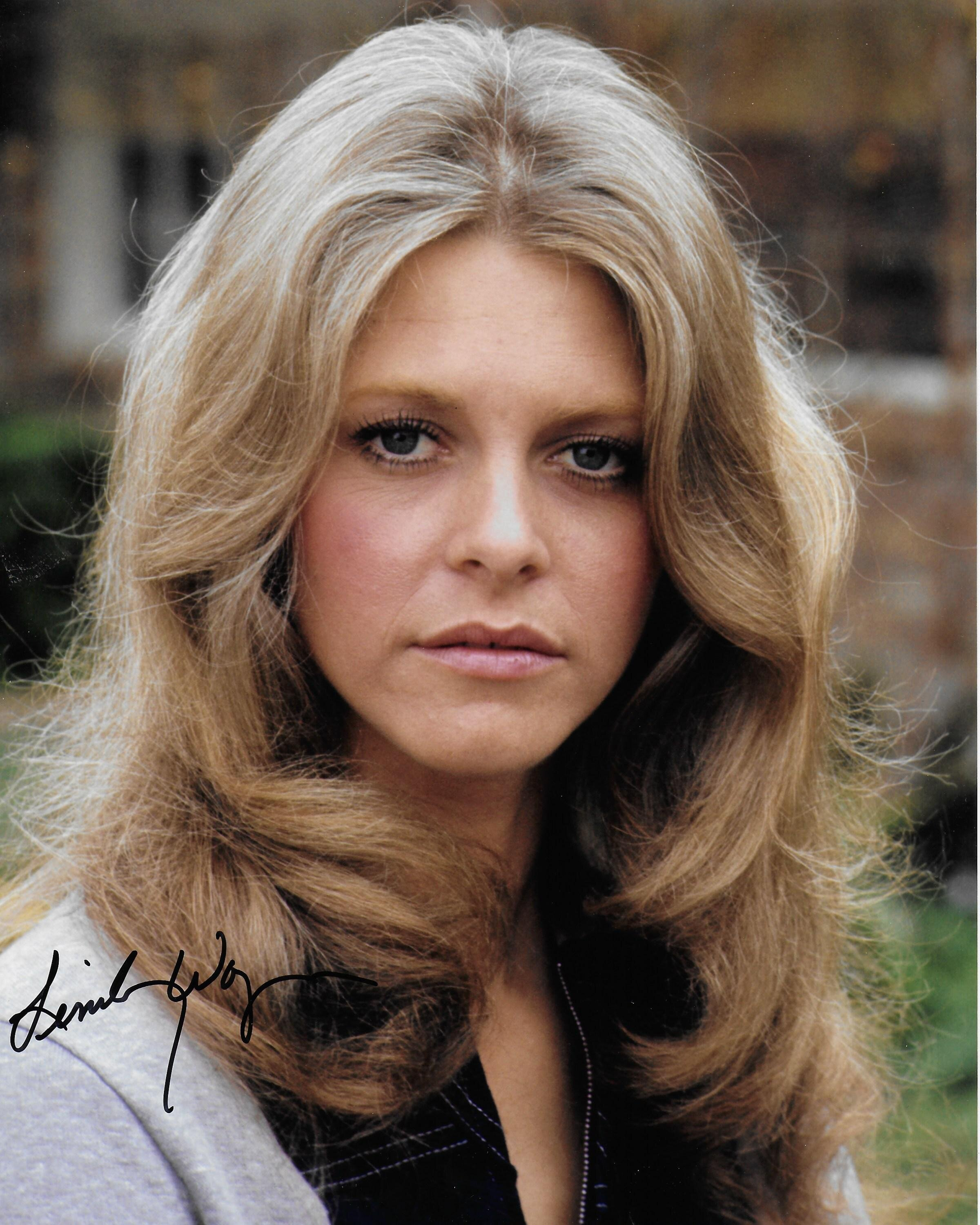 Lindsay Wagner Nude Photos 21