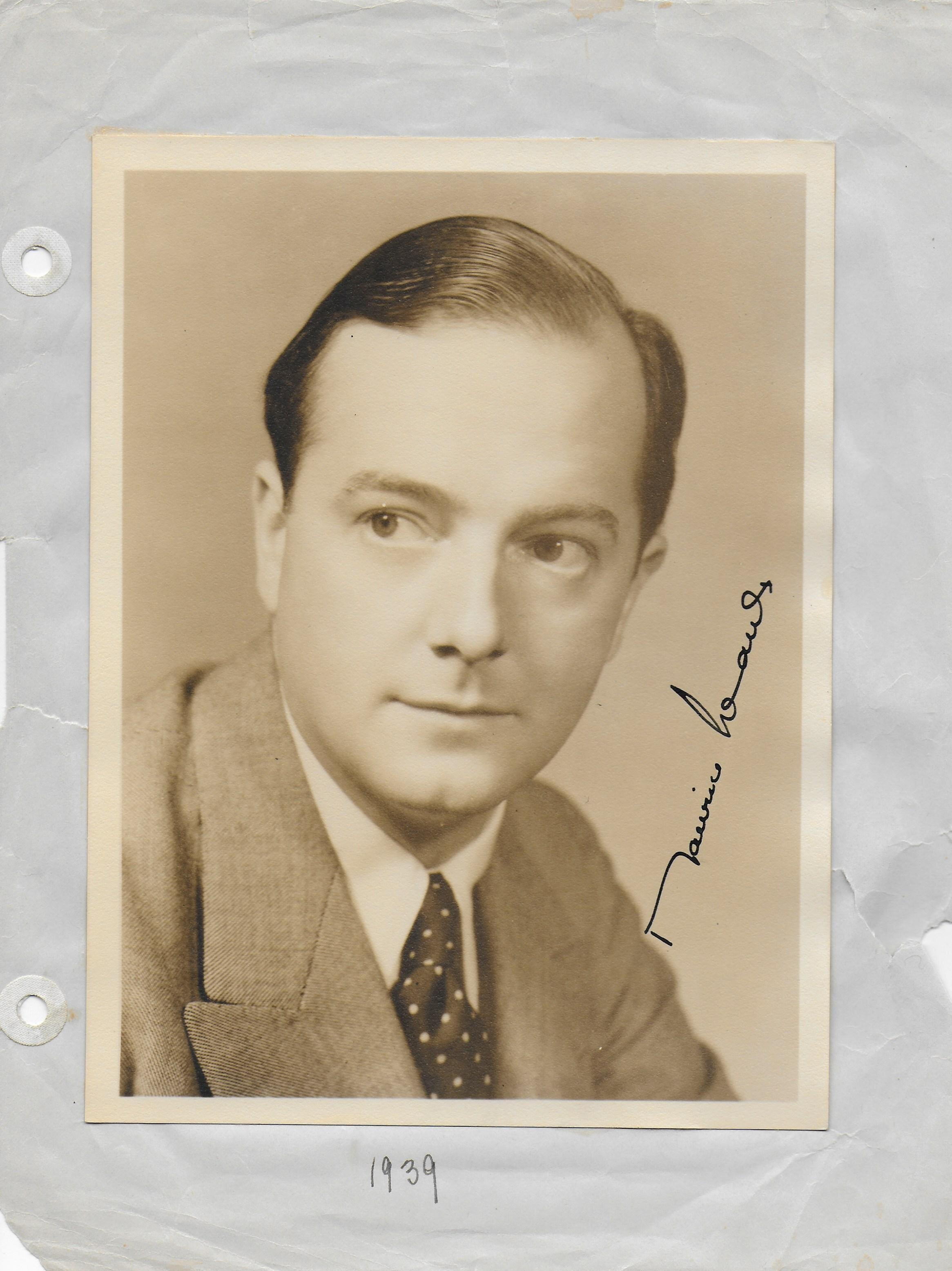 Maurice Evans Vintage photo (approx. 4X6)