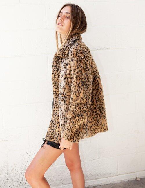 Peyton Leopard Fuzzy Faux Fur Coat