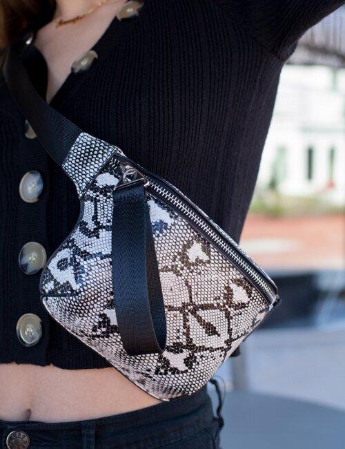Queen Cobra Snakeskin Bag