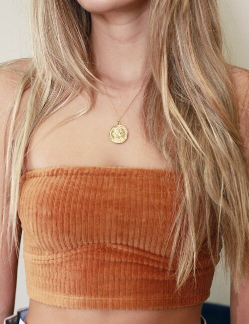 Simple Medallion Gold Necklace