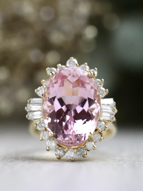 17CT Kunzite and Diamond Fancy Solid 14 Karat Gold Cocktail Ring