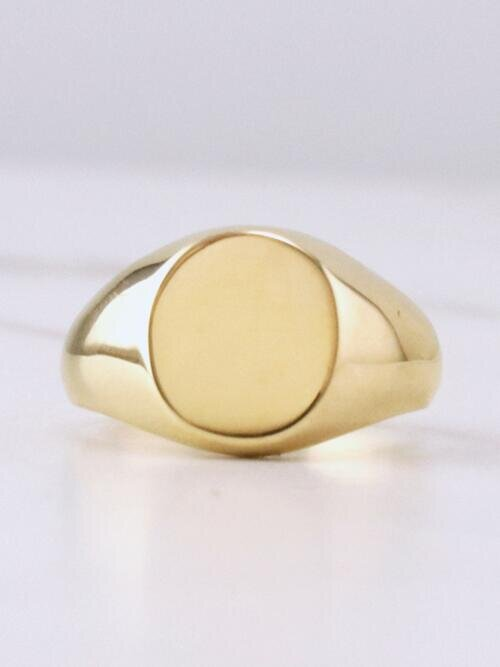 6 Size 14k Signet Ring 14 kt Yellow Gold