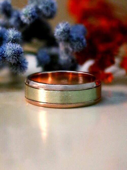 Two-Tone Men's Wedding Band | 6.2mm Band | Solid 14K Gold | Matte Gold Center with Polished Rim | Men's Ring