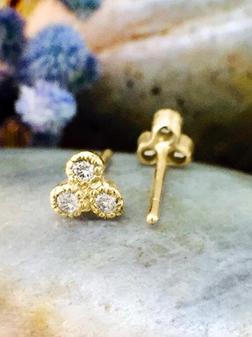 Diamond Petite Stud <Filigree Bezel> Solid 14K Yellow Gold (14KY) Earrings