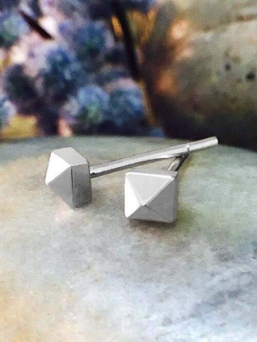 3.5x3.5MM Petite Pyramid Stud Solid 14K White Gold (14KW) Geometric Minimalist Earrings