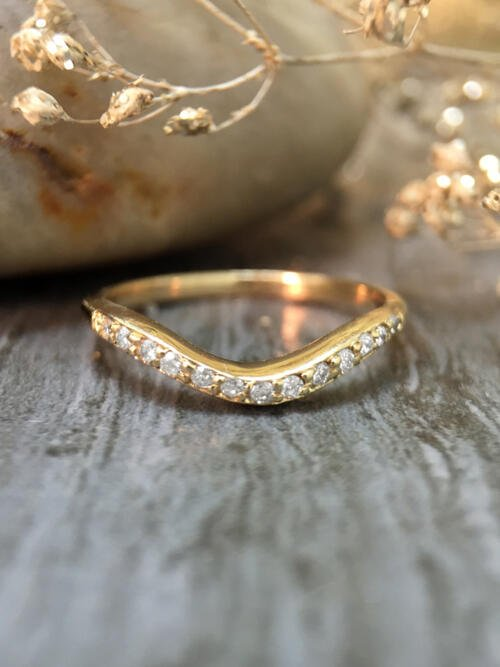 2.2MM Diamond Wavy Wedding Band <Pave> Solid 14K Yellow Gold (14KY) Stackable Women's Engagement Ring