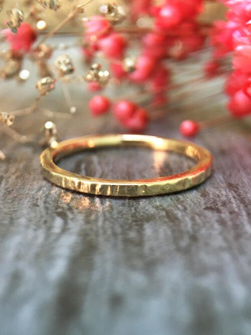 1.4MM Hammered Wedding Band Solid 14K Yellow Gold (14KY) Minimalist Stackable Women's Engagement Ring