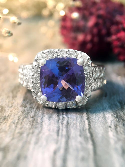 Tanzanite and Diamond Halo Cocktail <Prong> Solid 14K White Gold (14KW) Colored Stone Engagement Wedding Ring