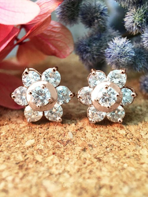 9.5x9.5MM Diamond Cluster Halo Stud <Prong> Solid 14K Rose Gold (14KR) Floral Earrings