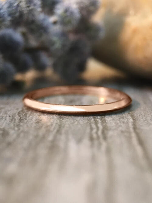 1.5MM Knife Edged Wedding Band Solid 14K Rose Gold (14KR) Stackable Women's Engagement Ring