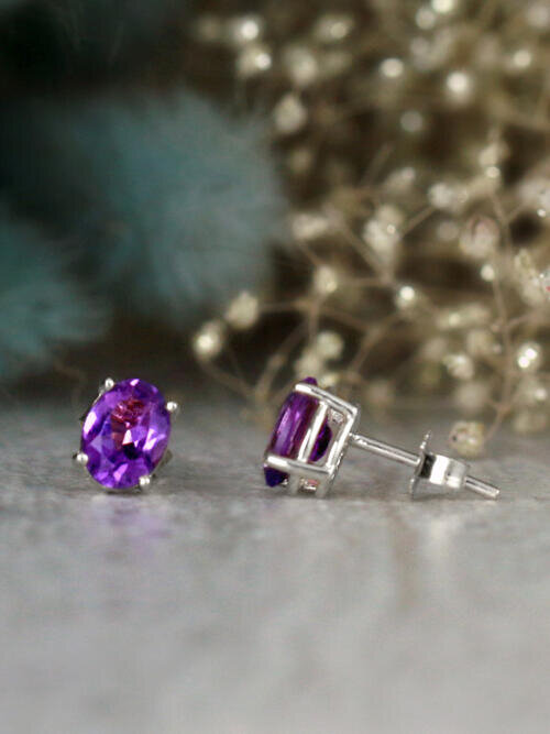 7x5MM Oval Amethyst Solid 14 Karat Stud Earrings