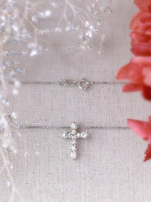 0.30CT Diamond Shared Prong Cross Solid 14 Karat Gold Pendant