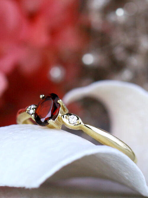 6X4MM Oval Red Garnet and Diamond 14K Ring
