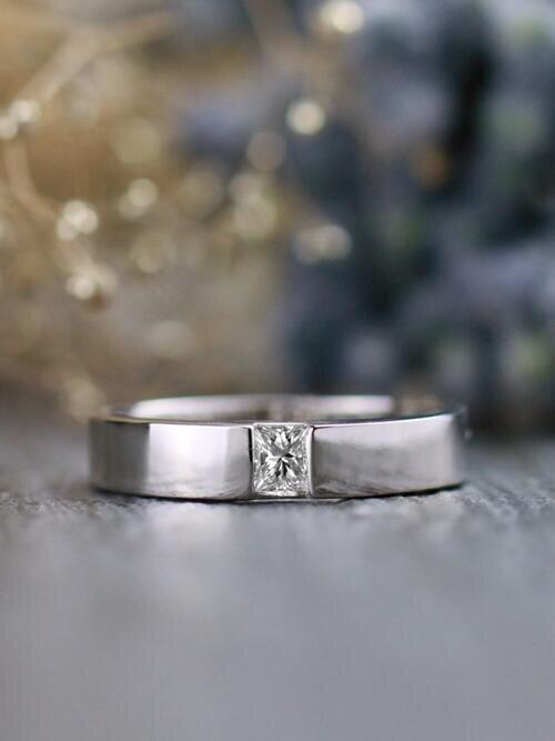 Men's Princess Cut Diamond Stylish Clean Bezel Solid 14 Karat Gold Wedding Band