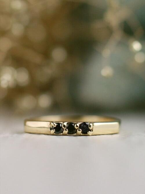 Natural 3 Stone Geometric Black Diamond Modern Solid 14 Karat Gold Wedding Band