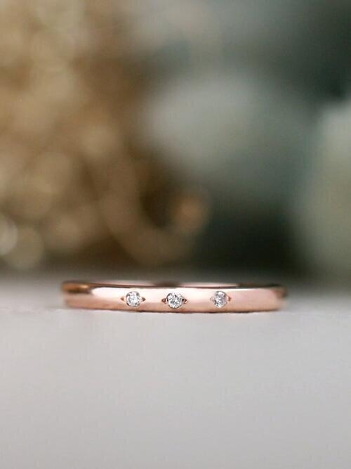 Simple 3 Stone Diamond Solid 14 Karat Gold Stackable Wedding Band