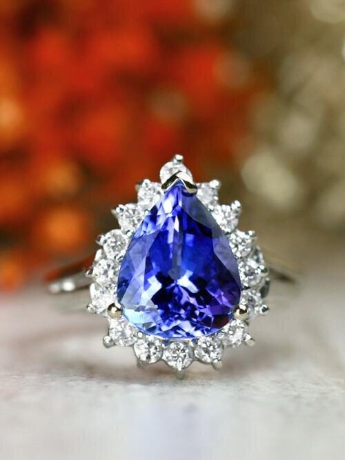 11x9MM Pear-Shaped Natural Ocean Blue Tanzanite Diamond Halo Solid 14 Karat Gold Cocktail Ring