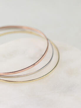 1.9MM Simple Solid Gold Stackable Bangle