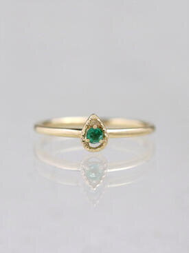 Tear Drop Emerald Stackable Ring