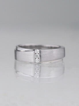 Diamond Bar Women's Wedding Band