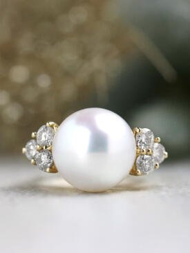 13.5MM South Sea Pearl Diamond Cluster Solid 14 Karat Gold Cocktail Ring