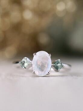 8x6MM Oval Rainbow Moonstone with Mint Green Side Stones Solid 14 Karat Gold Ring
