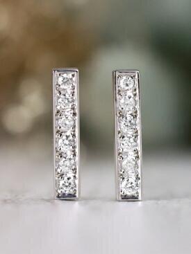 0.50CT Diamond Bar Solid 14 Karat Gold Earrings